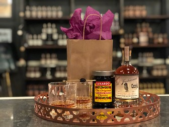 Old Fashioned and Glasses Gift Set